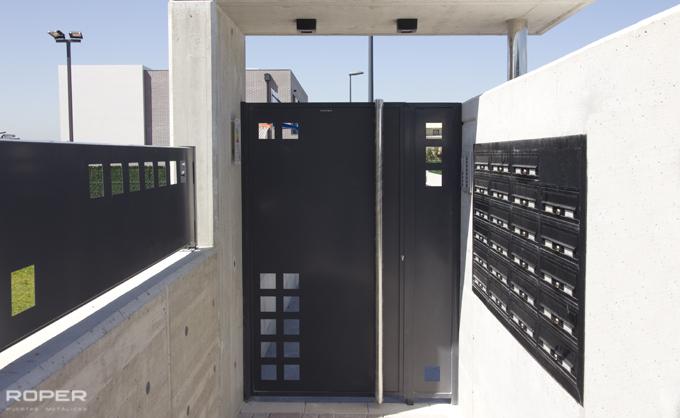 Batientes roper puertas met licas y automatismos - Puertas metalicas roper ...